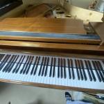 中々珍しいザウターピアノを、アップライトピアノとグランドピアノを調律しました!